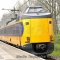 Persoon op het spoor tussen Hillegom en Leiden