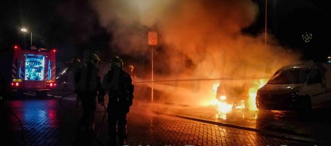 Voor de tweede nacht op rij weer autobranden