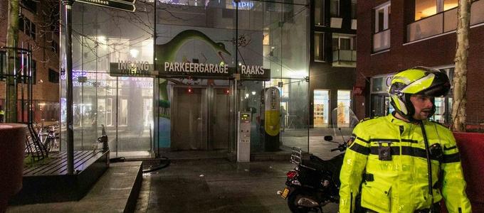 Brand in parkeergarage Haarlem