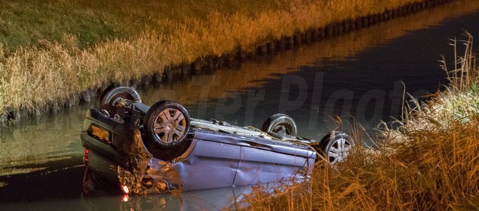 Ongeval auto taxi loopt goed af