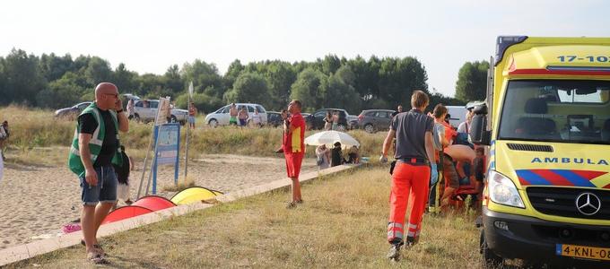 Persoon te water aan de Sicilieboulevard (update )
